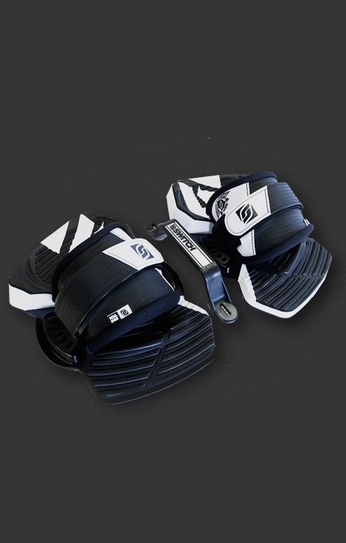 Kiteboarding pads and straps