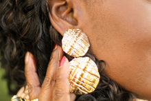 "Load image into Gallery viewer, ""Queen B"" Clip On Earrings"