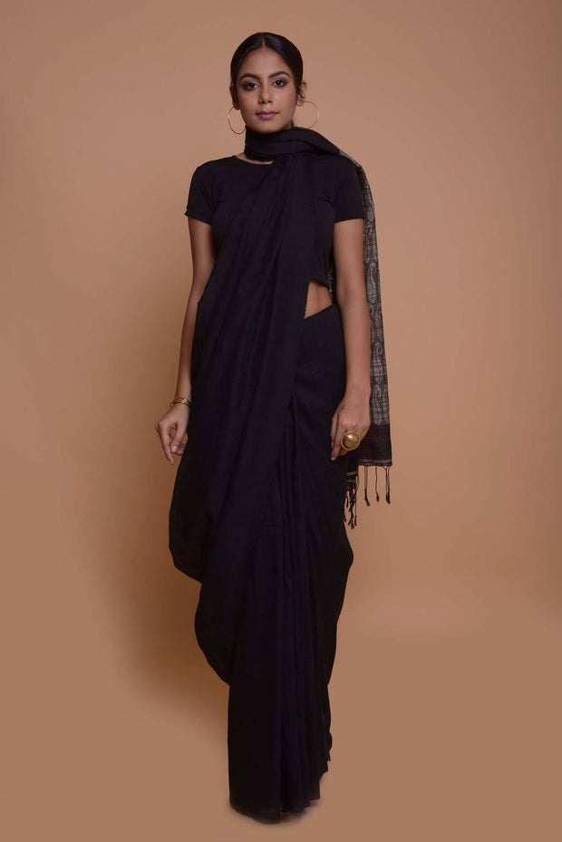 Shop online for Black Cotton Ghicha Jamdani Pallu Saree | Indian Artizans