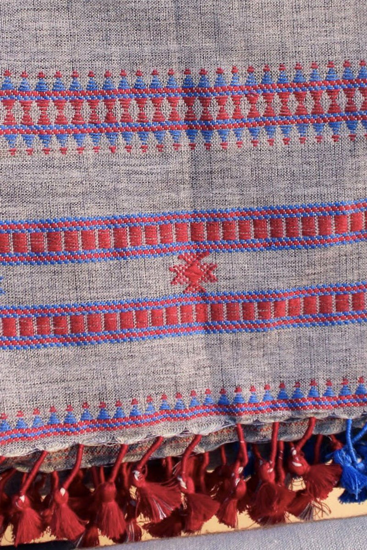 Indian Artizans - Grey Cotton Stole With Red And Blue Tassles
