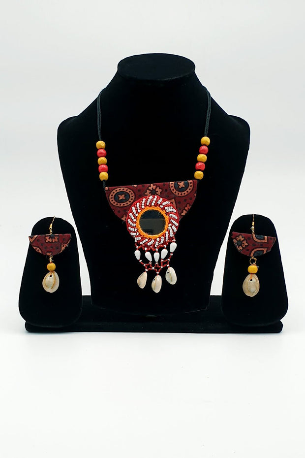 Indian Artizans - Maroon Traditional Handmade Bhuj Jewellery Set