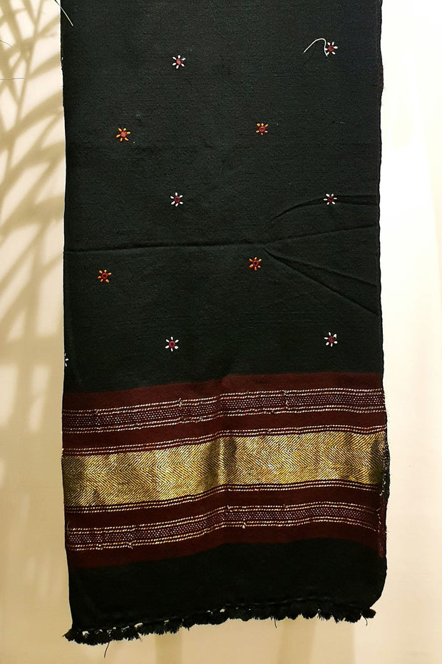 Indian Artizans - Pure Kutchi Wool Handwoven Shawls