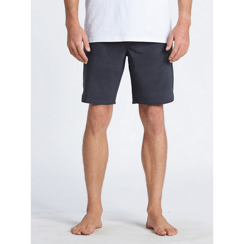 billabong mens boardshorts with slash pockets