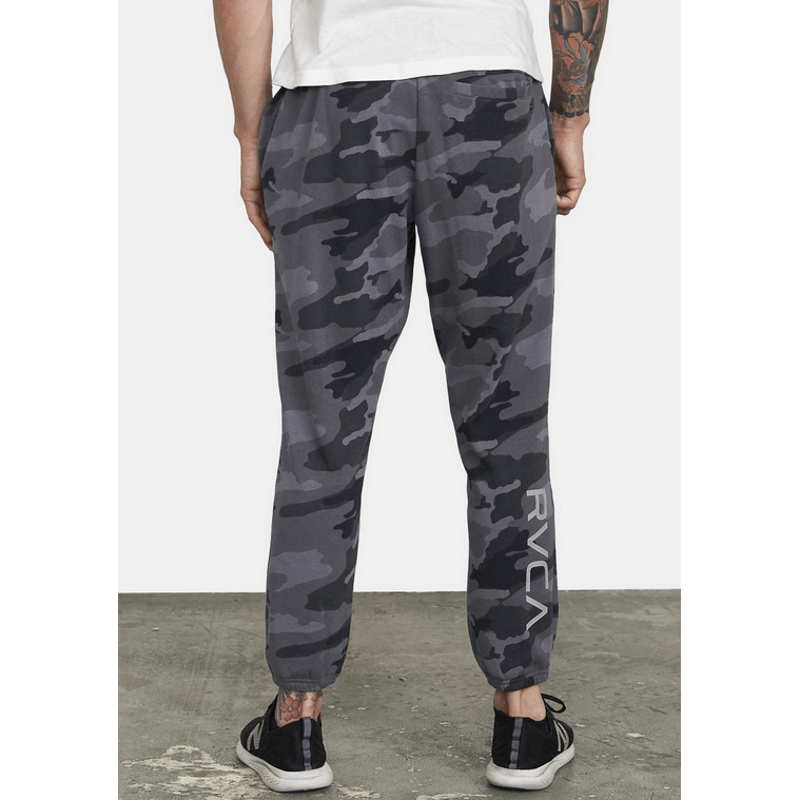 rvca mens camo sweatpants with rvca log down right leg