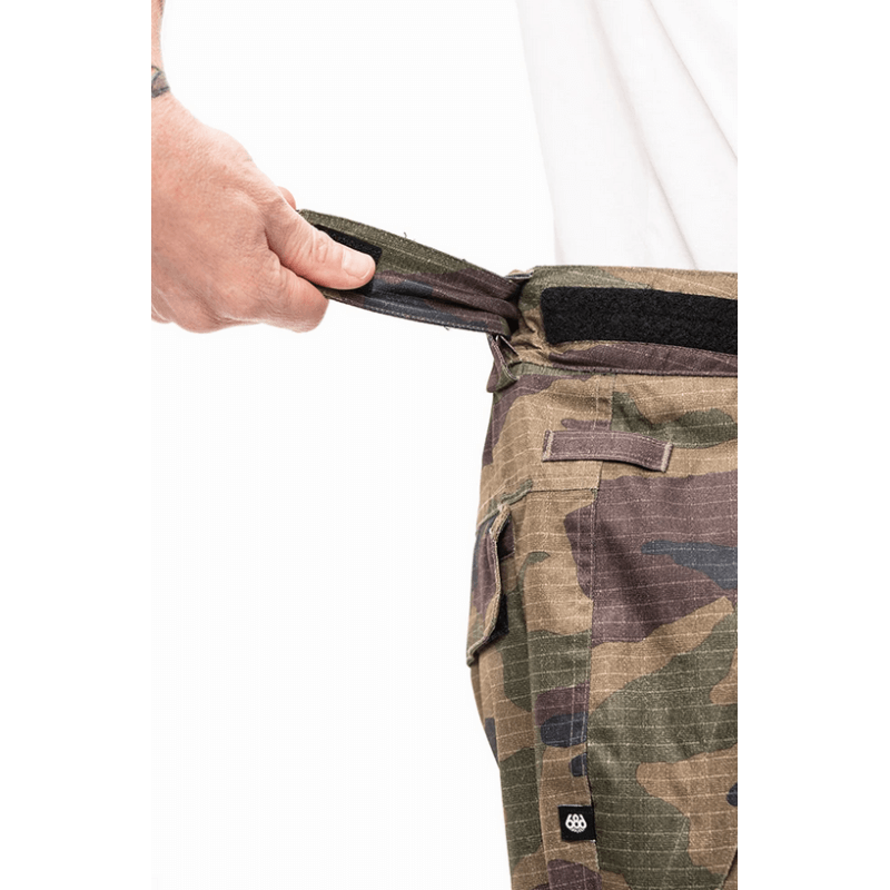 waist adjustment on mens camo 686 insuated snow pants