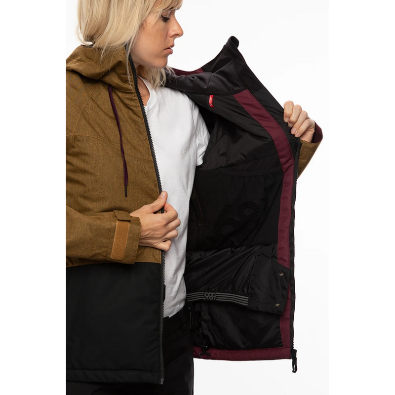 inside pockets and waist gator 686 athena womens snow jacket