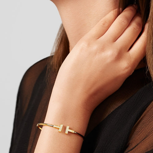 Daisy Crystal Bangle Gold 2