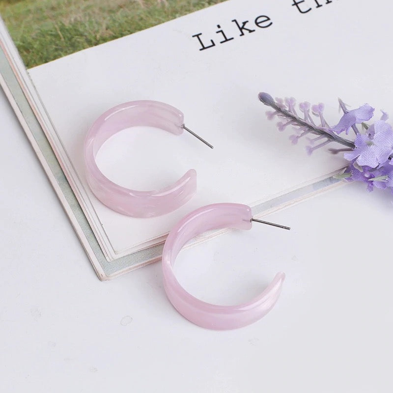 Pinky Pearl Hoop Earrings
