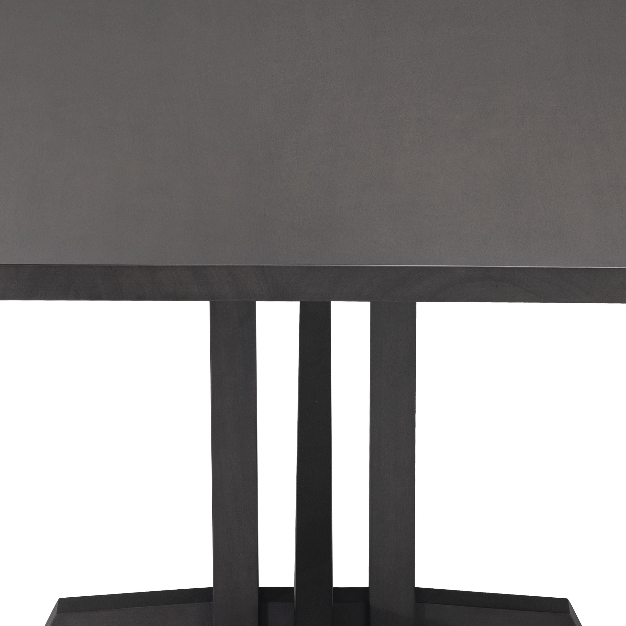 Dining Table Eero