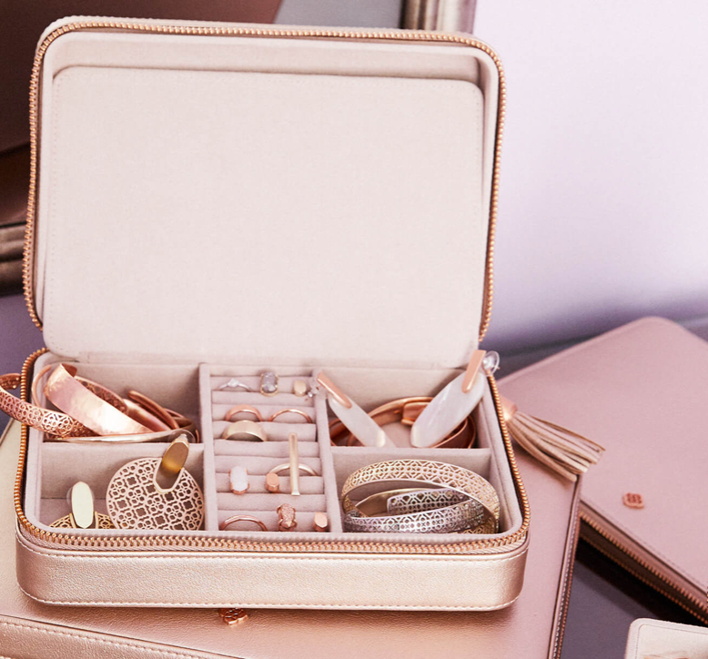 Medium Travel Jewelry Case
