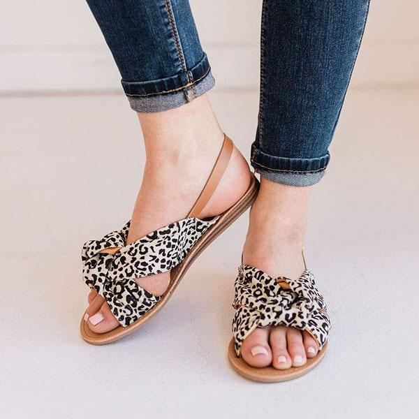 Micasahi Top Knotted Leopard Sandals