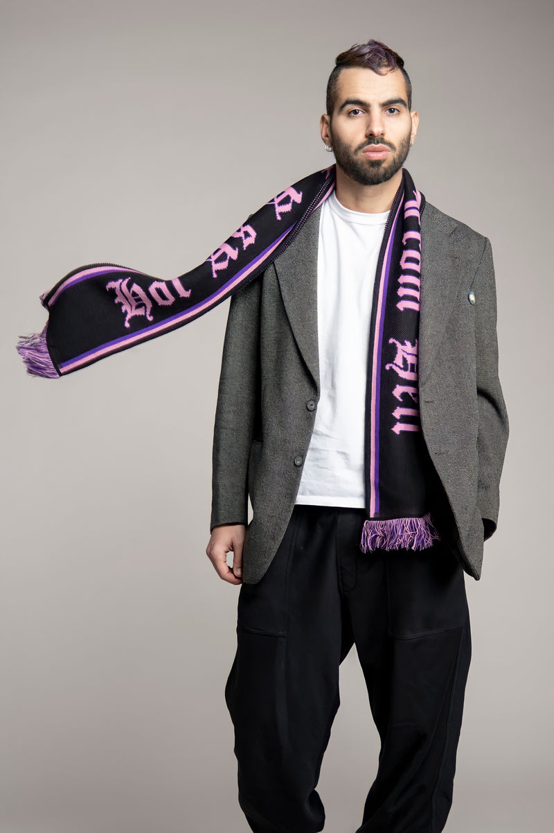 HOT AS A KISS FORM HELL Scarf
