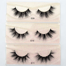 Load image into Gallery viewer, MINK FALSE EYE LASHES - 1 PAIR