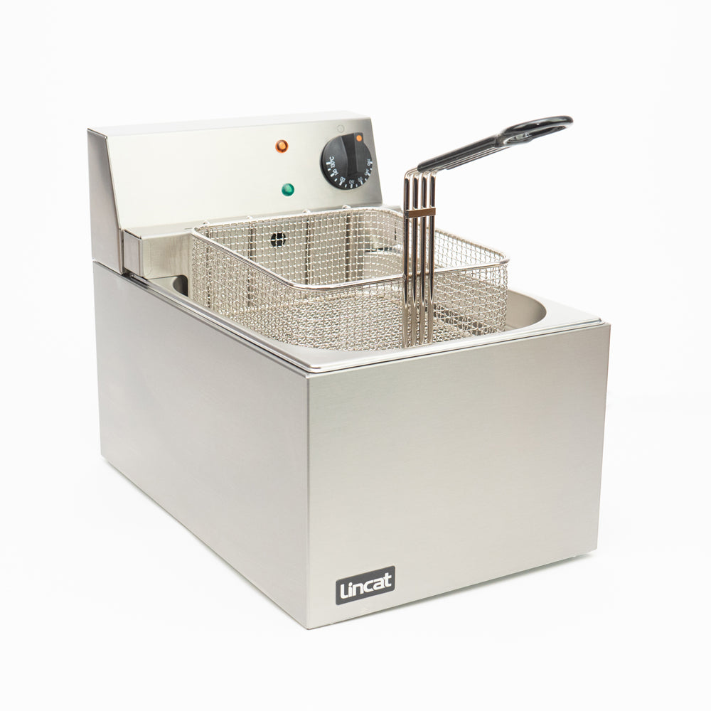 LINCAT ELECTRIC COUNTER TOP SINGLE TANK FRYER - 1 BASKET - Mabrook Hotel Supplies