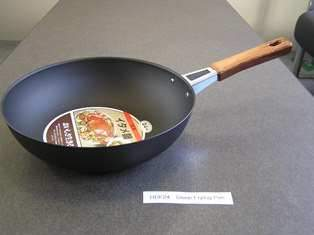 BLACK DEEP FRY PAN 24 CM.