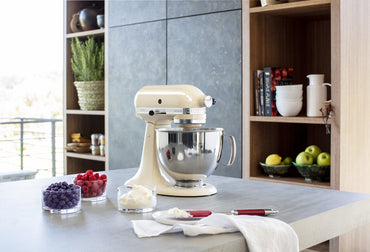 KitchenAid ARTISAN 4.8 L Tilt-Head Stand Mixer - Almond Cream