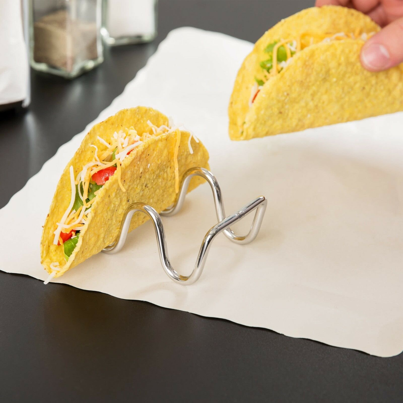 TACO TAXI. STAINLESS STEEL WIRE.DIM:9.6X5.7X.8 CM - Mabrook Hotel Supplies