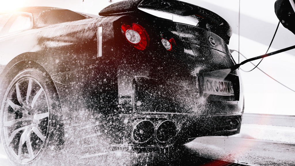 6 Facts About Professional Car Washes