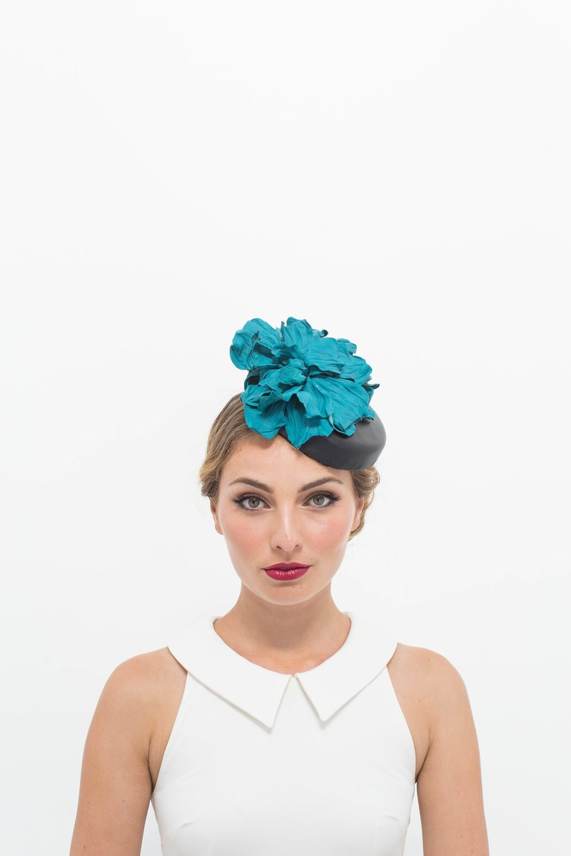 Felipa in Black and Teal