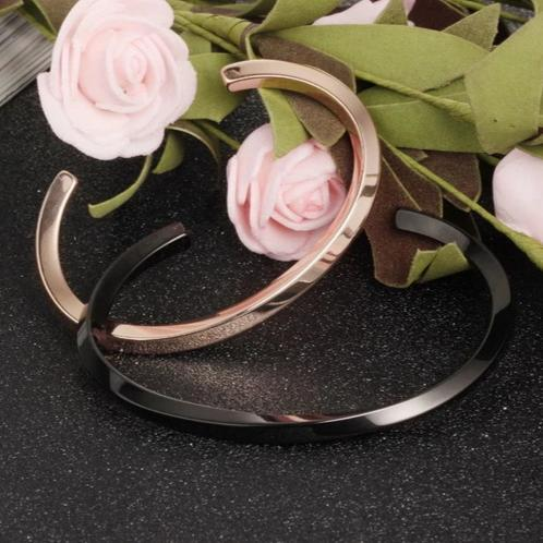 Classic Unisex Twisted Cuff Bracelets for Couples