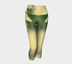 Fern Feathers: Yoga Capris: Design 2