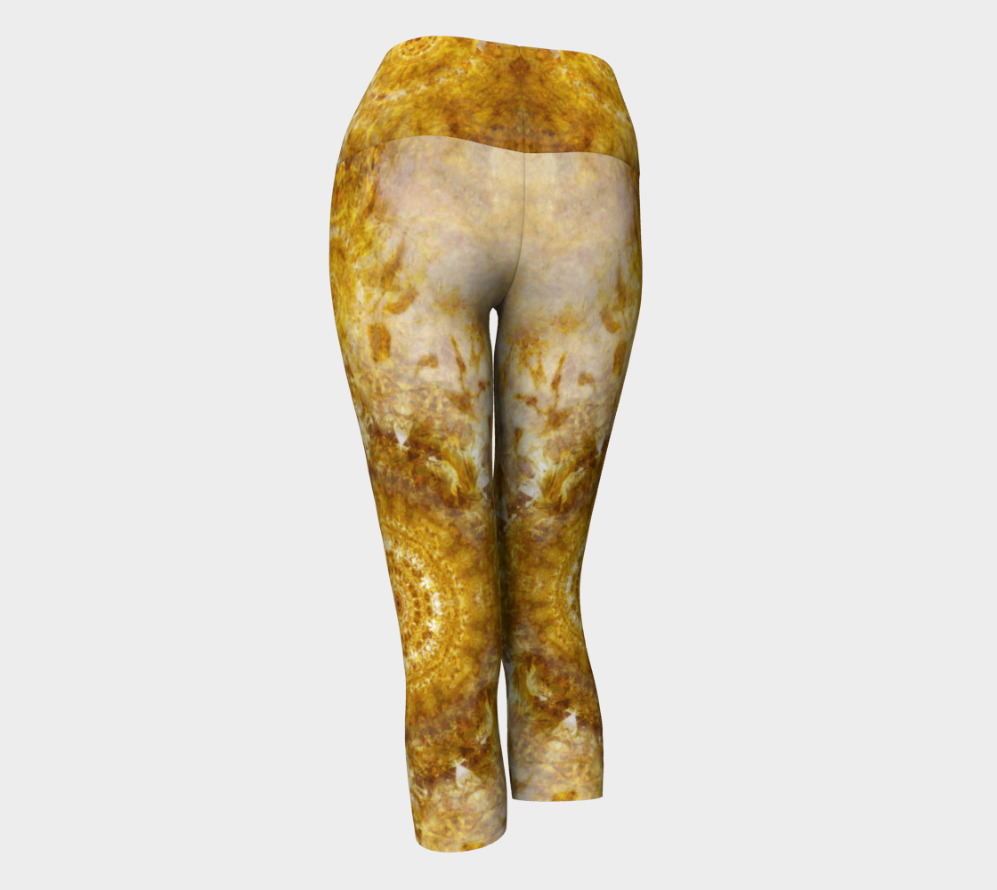 'Royal Fire': Yoga Capris: Design 1