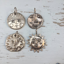 Load image into Gallery viewer, ARORA Sun Face Necklace Solid bronze