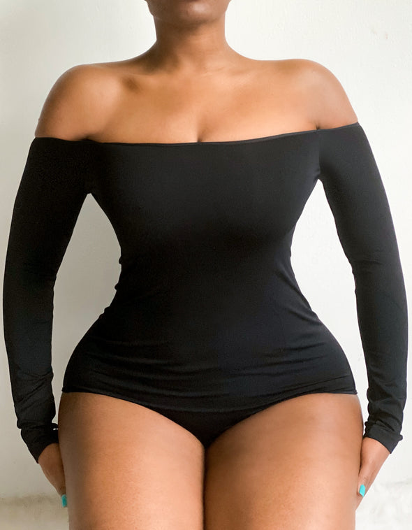 ESSENTIAL OFF- SHOULDER | BODYSUIT