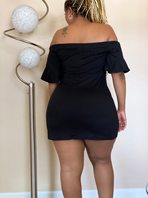 LA BELLA OFF-SHOULDER FLOW | DRESS