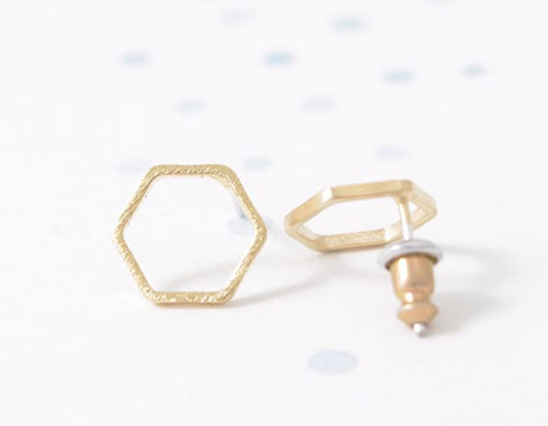 Alvina - Hexagonal Earrings