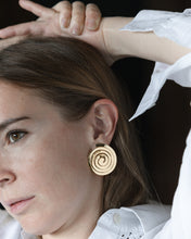 Load image into Gallery viewer, SPIRAL EARRINGS CLIPS