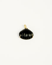 Load image into Gallery viewer, SHELL DIAMONDS PENDANT