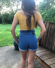 Load image into Gallery viewer, Daisy Highwaisted Denim Shorts