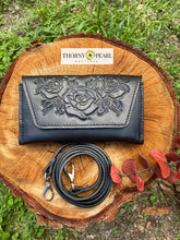 Load image into Gallery viewer, Florita Mexican Crossbody/Clutch - Black