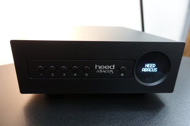 Heed Audio Abacus DAC negro black digital to analogue converter blue sky musica