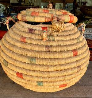 Vintage Straw Rope Weave African Basket with Lid