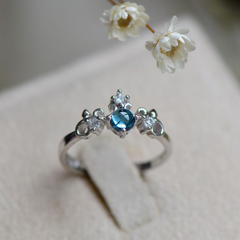 ENCHANTING BLUE TIARA PRINCESS RING