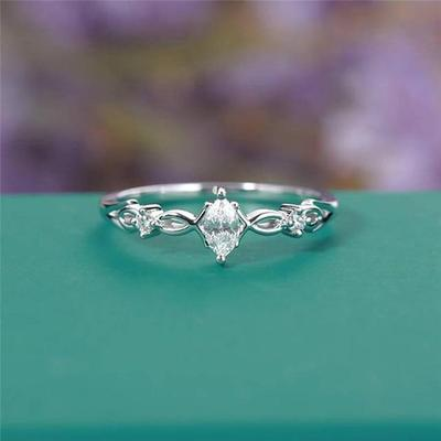 MAJESTIC CRYSTAL GODDESS RING