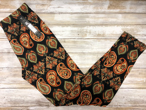 Pretty Paisley Buttery Soft Leggings