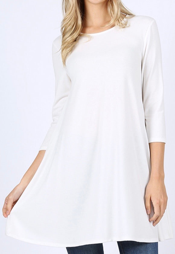 3/4 sleeve Ivory Tunic with side pockets