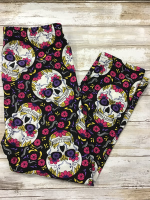 Capri Flower Skull Buttery Soft Leggings