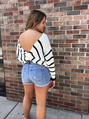 White & Black Sweater w Back Knot