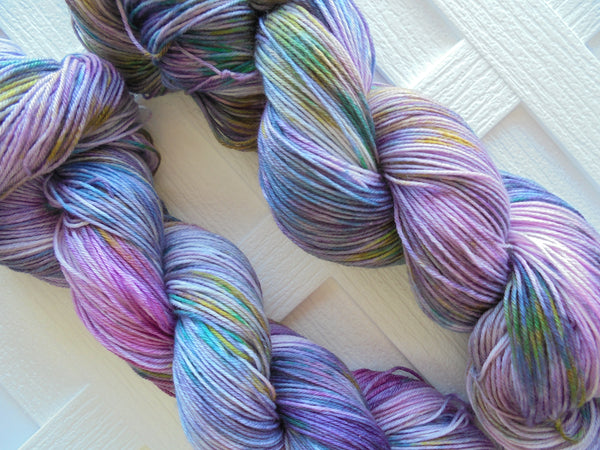 TRISTAN AND ISEULT Indie-Dyed Yarn on Sock Perfection