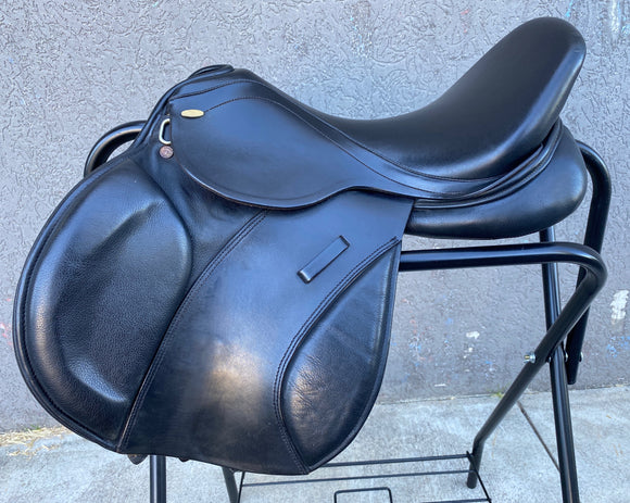 Kentaur Young Jumper Saddle 16
