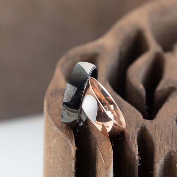 Heart Couple Rings Set, Wedding Ring Set, Rose Gold and Black Stainless Steel Ring Set