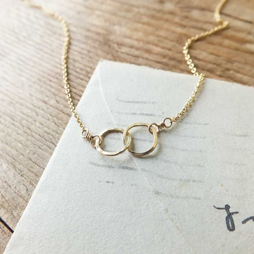 Tiny Intertwined Circles Necklace