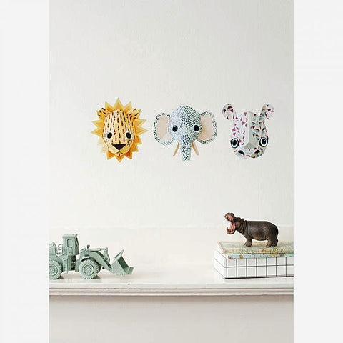Sticker decorativ Elefant cu picatele 14 x 12 cm