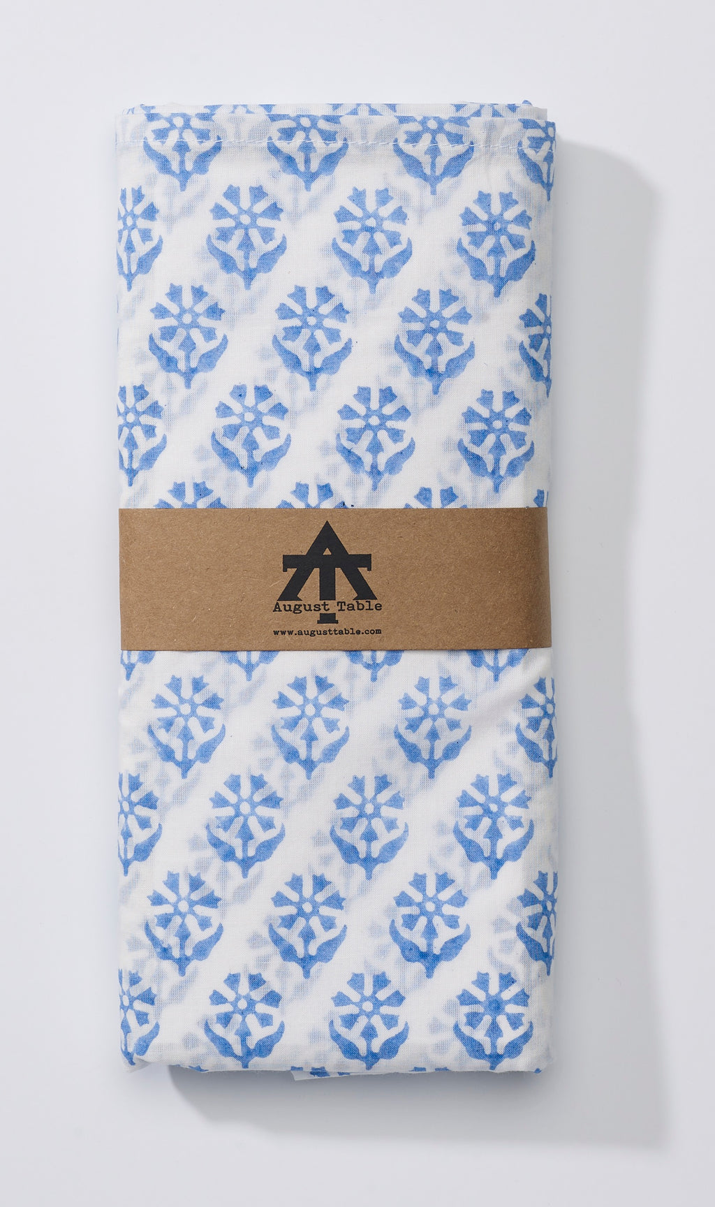 Sequoia print Lightweight Tablecloth in Bunting Blue