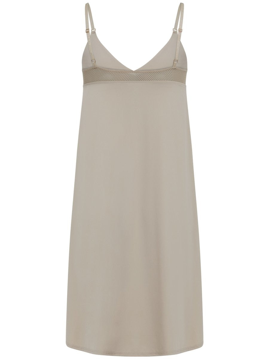 Coster Copenhagen CC Heart slip dress värissä nude