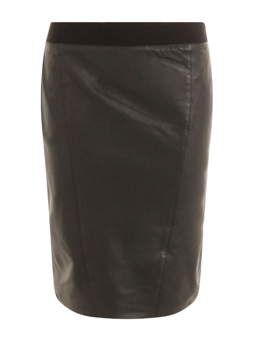 Coster Copenhagenin Skirt in Leather värissä Black.